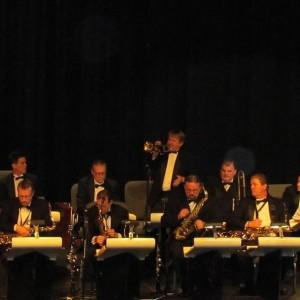 The Swing Machine Band