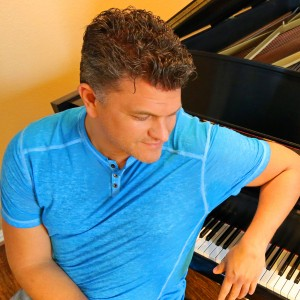 The Texas Pianoman - Singing Pianist / Holiday Entertainment in Frisco, Texas