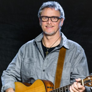 The Tom Hipps Show - Singing Guitarist / Acoustic Band in Minneapolis, Minnesota