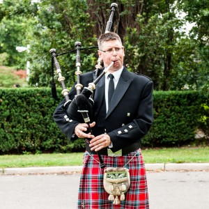 The Wedding Piper - Bagpiper / Wedding Musicians in Toronto, Ontario
