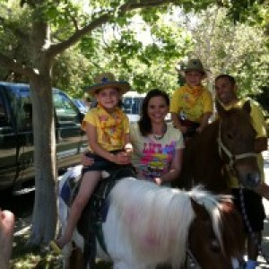 Tickle Me Pony Rides and Traveling Petting Zoo - Animal Entertainment / Pony Party in Brentwood, California