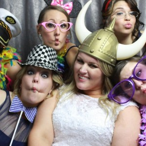 Time2shine Soiree Photo Booths - Photo Booths / Wedding Entertainment in Schaumburg, Illinois