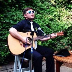 Titus Ship - Singing Guitarist in Chicago, Illinois