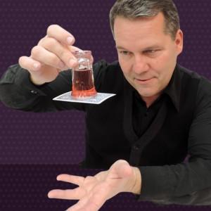 Tim Mannix - Magician in Los Angeles, California