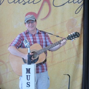 Tom Timlin - One Man Band in Spring Arbor, Michigan