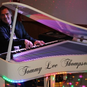 Tommy Lee Thompson - Singing Pianist / Impersonator in Akron, Ohio