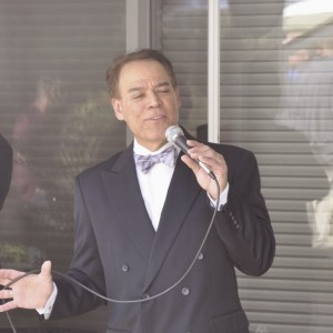 Tommy T. Sings - Crooner in Sacramento, California