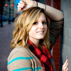 Toni Michelle - Country Singer / Pop Singer in Mount Washington, Kentucky