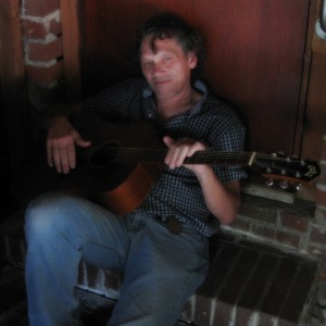 Tony Richards - Singing Guitarist / Singer/Songwriter in Savannah, Georgia