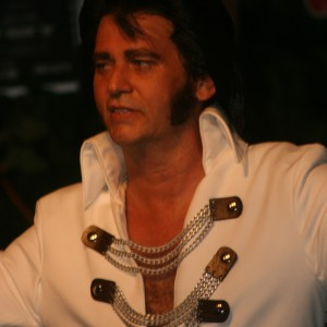 Tribute to Elvis - Elvis Impersonator in Independence, Missouri