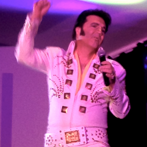 Tribute to Elvis - Impersonator / College Entertainment in London, Ontario