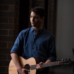 Tristan Lockamy - Singing Guitarist in Nashville, Tennessee
