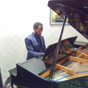 Tunes with Tritone - Pianist / Wedding Musicians in Toronto, Ontario