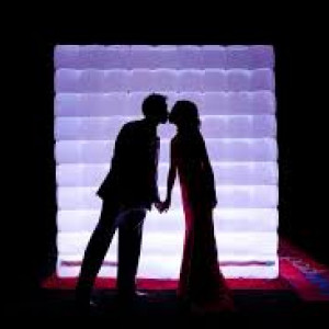 Twin City Photo Booth Fun & Event DJ's - Photo Booths in Minneapolis, Minnesota