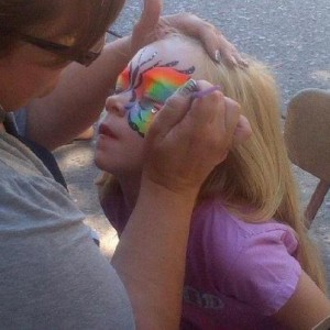 Twing's Dsigns - Face Painter / College Entertainment in Cedar Rapids, Iowa