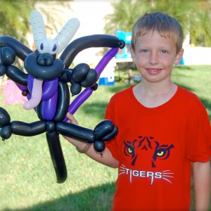 Twisted Artz LLC - Balloon Decor / Airbrush Artist in Kissimmee, Florida