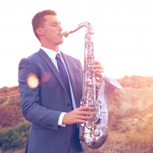Tyler Varnell - Saxophone | Piano | DJ - Saxophone Player / Top 40 Band in Newport Beach, California