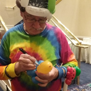 Uncle Rich - The Balloon Bender - Balloon Twister / College Entertainment in Woodridge, Illinois