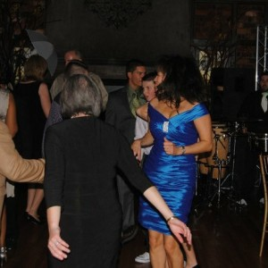 Under the stars events - Wedding DJ / Wedding Musicians in Elmont, New York