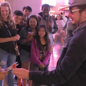Vegas street magician