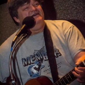 Vic Trip - Singing Guitarist in Wheeling, West Virginia