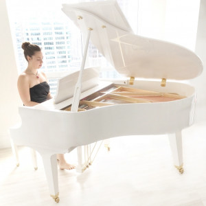 Heidi Savoie - Pianist and Vocalist for Weddings and Events