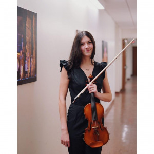 Violinist - Alanna North
