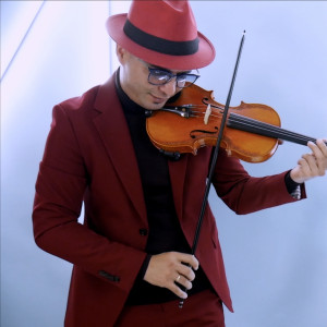 Frank Lima - Violinist for Weddings & Events - Violinist / String Quartet in Miami, Florida