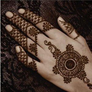 VM Meenas henna tatoo - Face Painter / Outdoor Party Entertainment in Bentonville, Arkansas