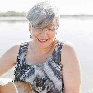 Wanda Gronhovd - Singing Pianist / Keyboard Player in Regina, Saskatchewan