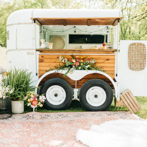 Wandering Mare Mobile Bar LLC - Bartender / Wedding Services in Eureka, Illinois