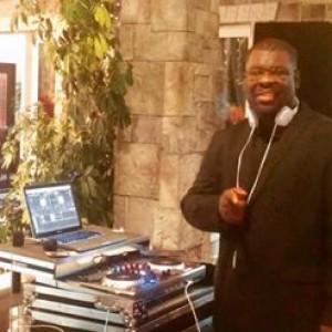 Warren's Mobile DJ Service - Mobile DJ / Outdoor Party Entertainment in Temecula, California