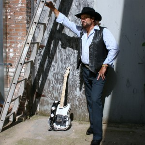 Waylon Jennings Impersonator - Impersonator / Country Singer in Omaha, Nebraska
