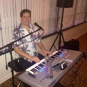 Wayne Gilbert-Keyboard/Sing-A-Long Party - Keyboard Player / Singing Pianist in Fort Lauderdale, Florida