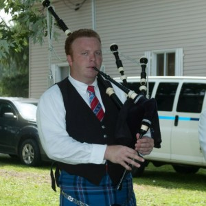 Wedding and Funeral Bagpiper