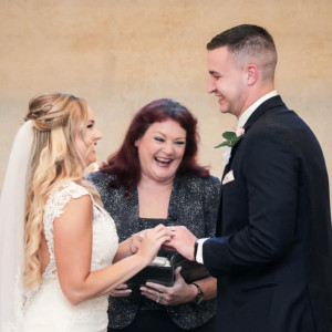 Weddings By Candi - Wedding Officiant in Magnolia, Texas
