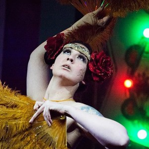 Whisper De Corvo - Burlesque Entertainment in Seattle, Washington