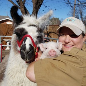 Whitley Acres Exotic Ranch & Stables - Petting Zoo / Children's Party Entertainment in Levelland, Texas