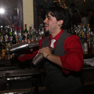 Will Isaza - Flair Bartender