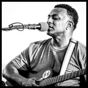 Wise100Doors - One Man Band / Singing Guitarist in Hermosa Beach, California