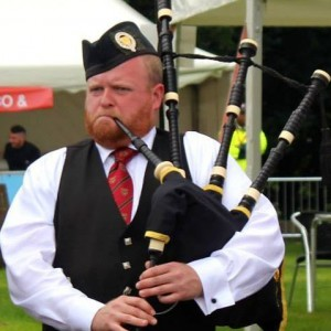World-Class Piper for All Occasions