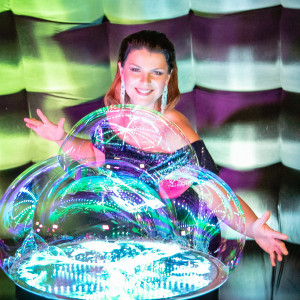 Anastasia Atlanta Bubble Show - Bubble Entertainment / Children's Party Magician in Atlanta, Georgia