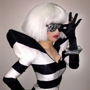 Yuhua Hamasaki - Female Impersonator / Burlesque Entertainment in New York City, New York