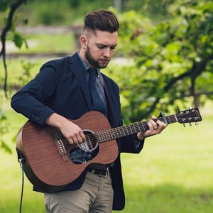 Zach Zurn - Singing Guitarist / Wedding Musicians in Rochester, Minnesota