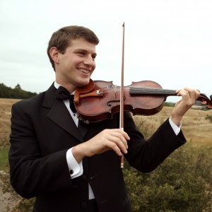 Zachary Ragent - Violinist / Wedding Entertainment in Ann Arbor, Michigan
