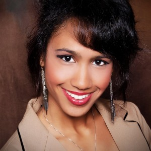Bella G - Singing Pianist in Raleigh, North Carolina