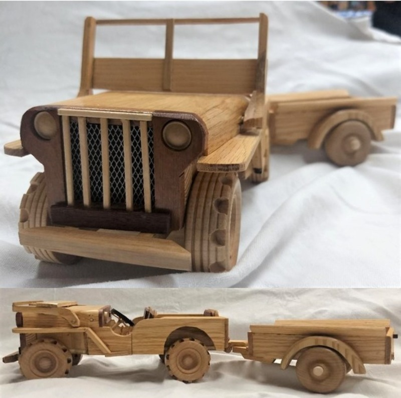 HANDCRAFTED WW II JEEP MODEL