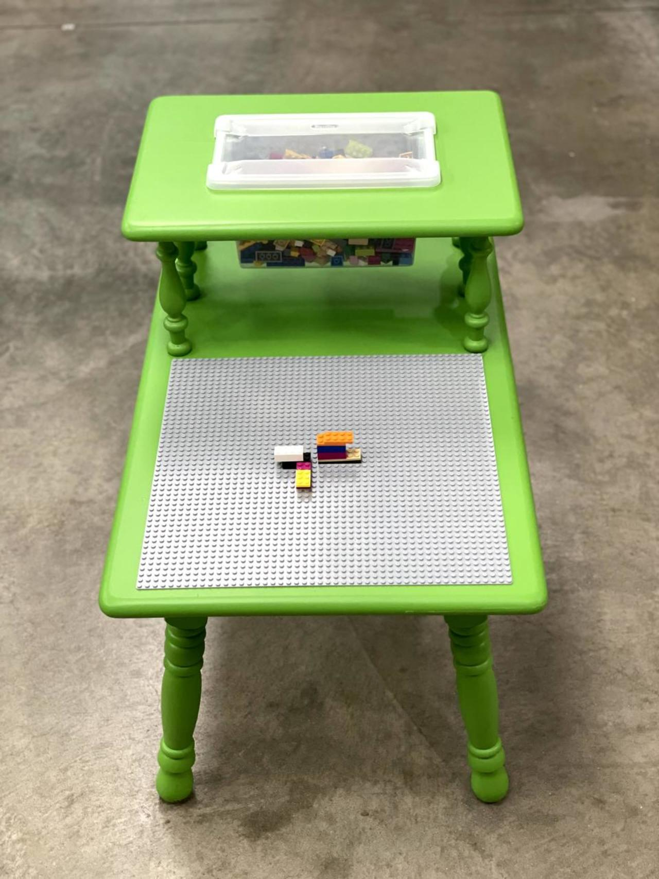 Item ZZA - Lego Table