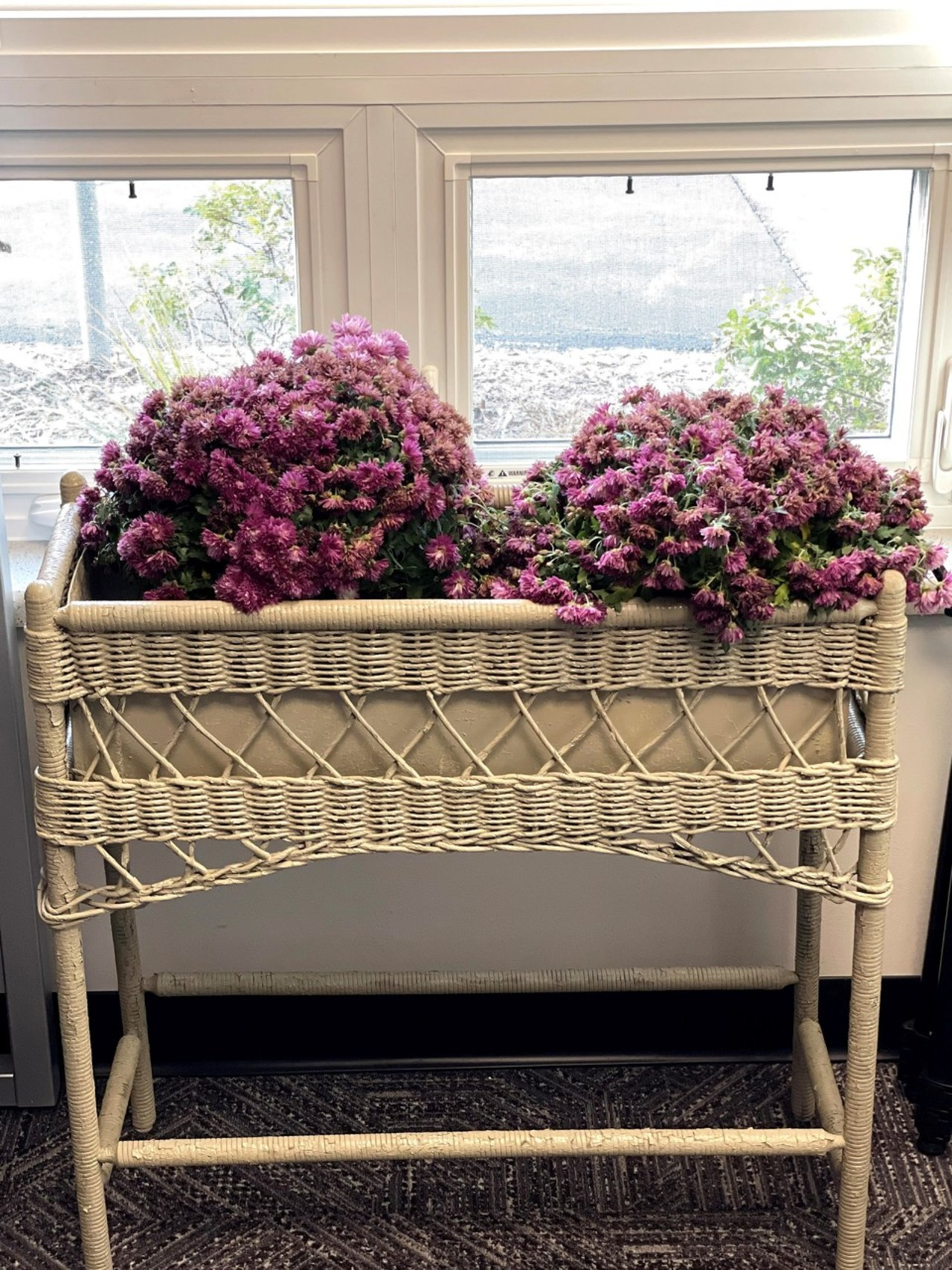 Item ZZZ - Wicker Planter Box