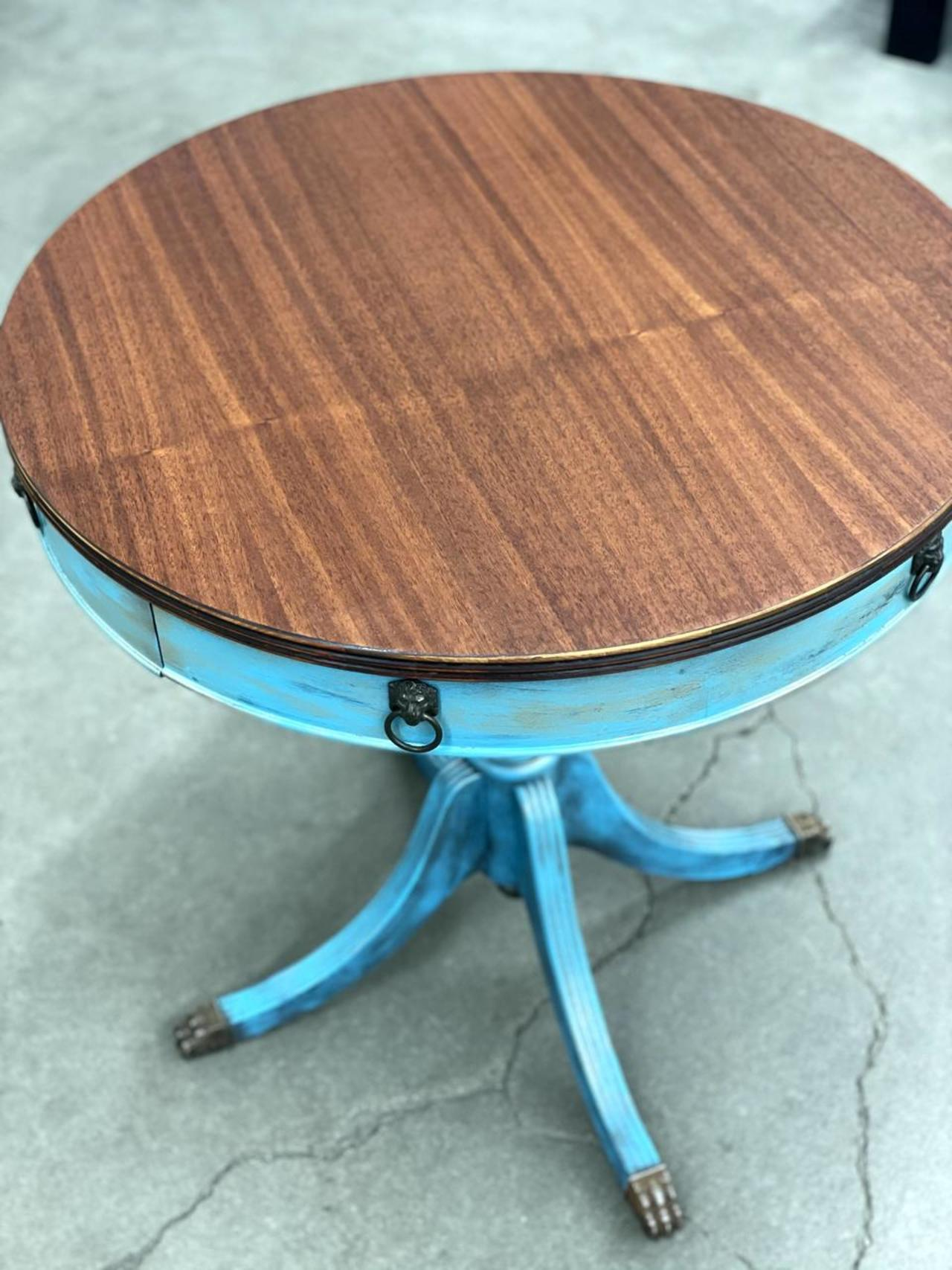Item ZZZU - Accent Table